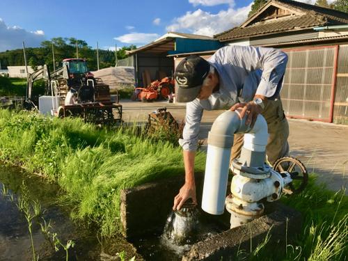 田んぼの水量調節